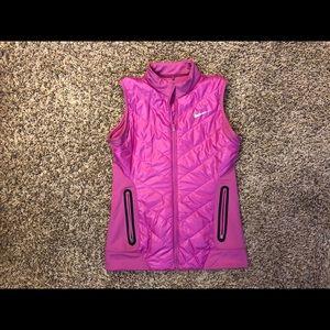 Nike golf magenta vest size S
